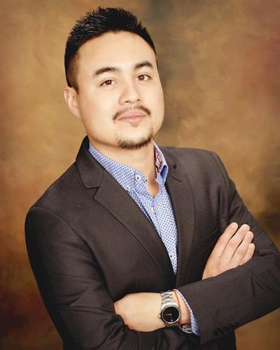 Rodrigo Perez a Denver Office Real Estate Agent